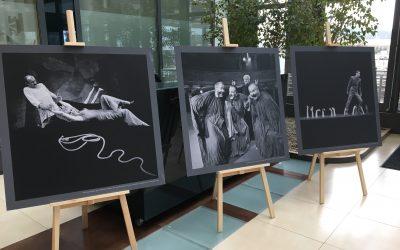 Ponadczasowa wystawa fotografii teatralnej w przestrzeniach Parku