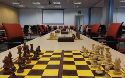 Po dłuższej przerwie szachiści znów grają w Centrum Konferencyjnym